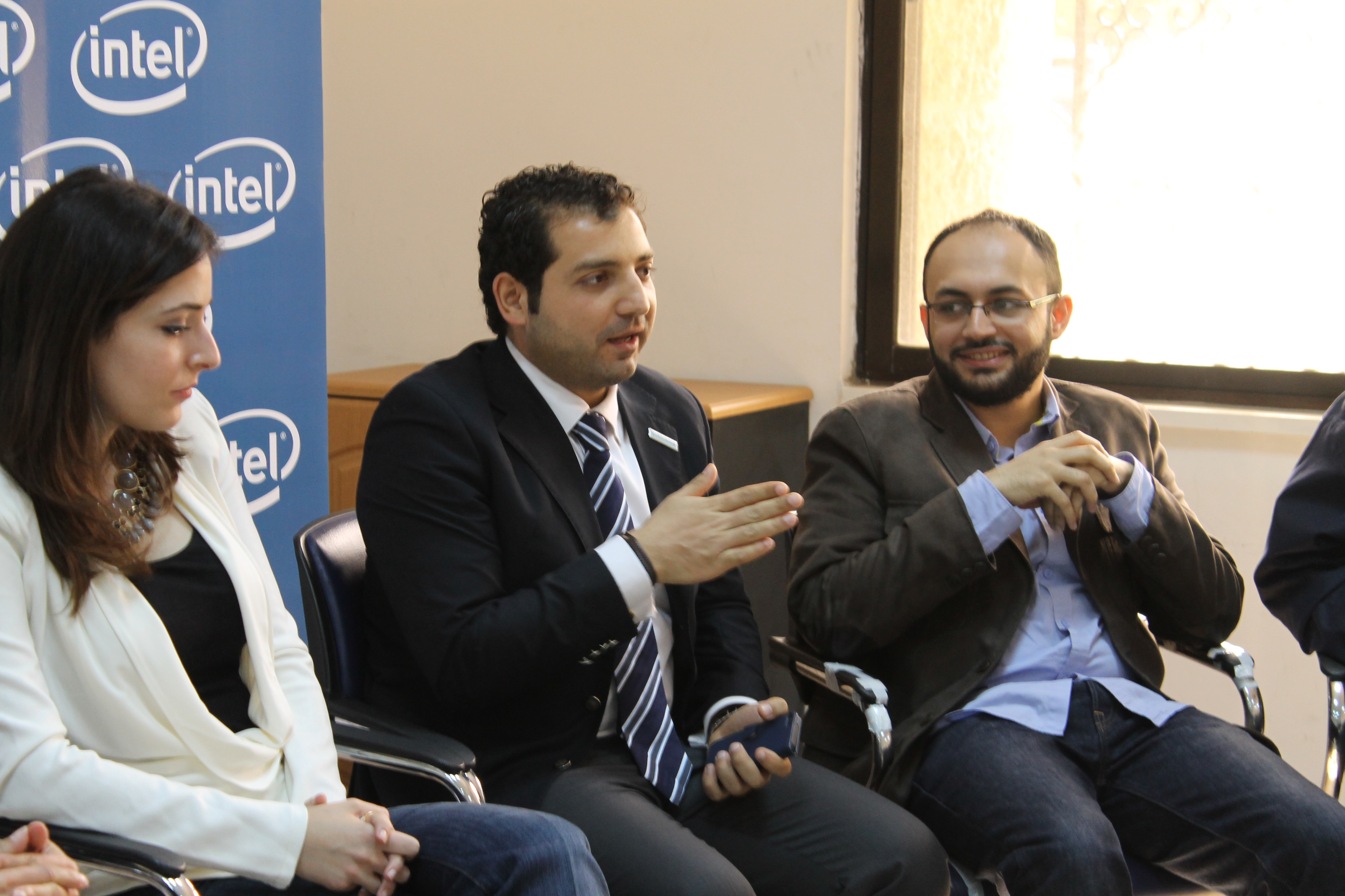 ESKADENIA Software Technical Experts Mentoring some Participants of the (Intel Youth-Tech Program)